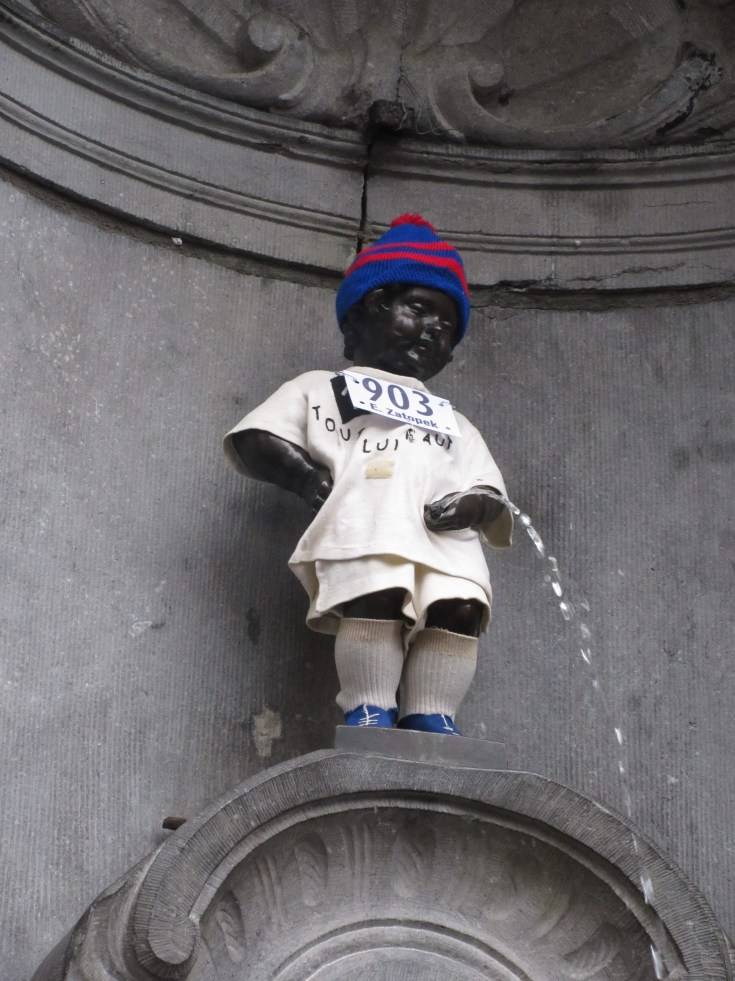 Manneken Pis dressed up (December 26,2014)