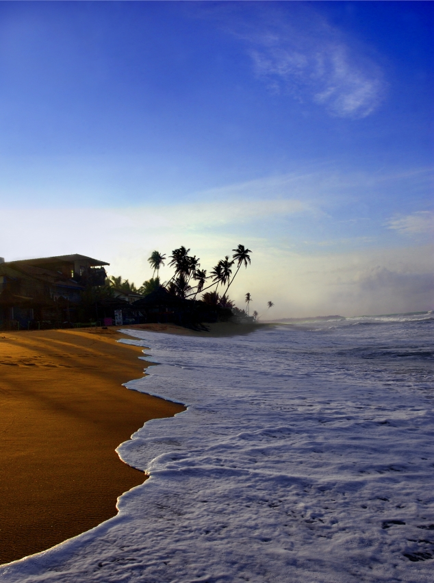 morning_view_of_tangalla_beach2c_sri_lanka