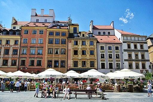 Warsaw_Old_Town,_Warsaw,_Poland_-_panoramio_(75)