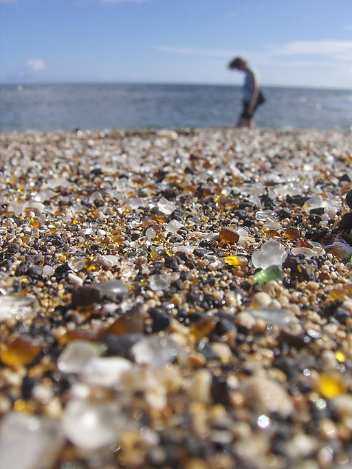 Glass_Beach_in_Kauai