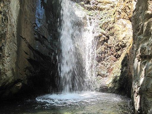 Millomeri_waterval_in_troodosgebergte