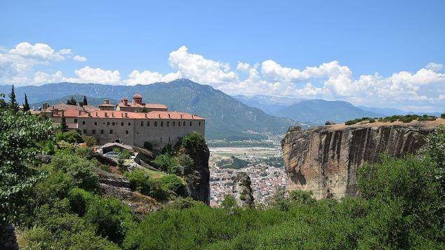 Stefanos_Monastery,_Meteora_-_panoramio