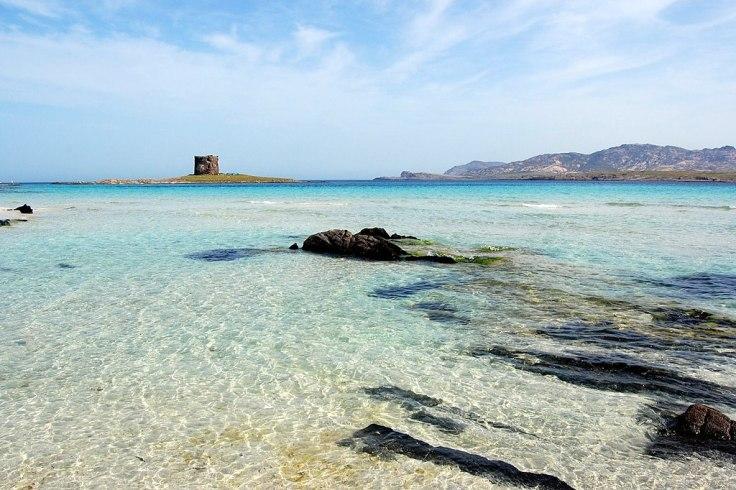 1024px-Stintino,_La_Pelosa_beach_-_panoramio_(1)