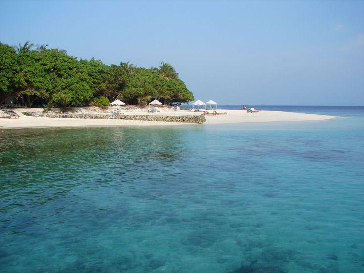 1024px-Maldives_09813