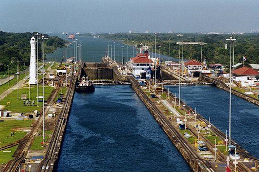 512px-Panama_Canal_Gatun_Locks